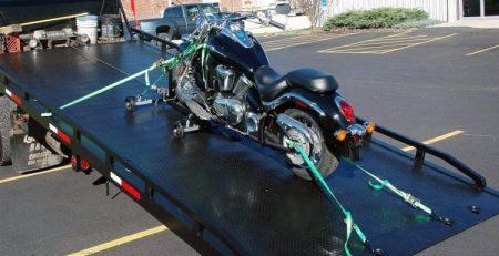 Keuntungan Pakai Jasa Derek Motor untuk Mudik Antar Kota