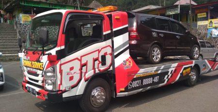 Jasa Towing dari Yogyakarta ke Kota Surakarta Teraman