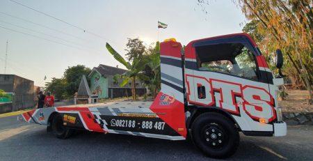 Jasa Truk Derek dari Yogyakarta ke Boyolali Terpercaya